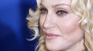 Megmenti fiát Madonna