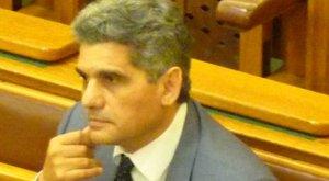 Tömegével hallgatják ki a az Országos Roma Önkormányzattól pénzt kapókat