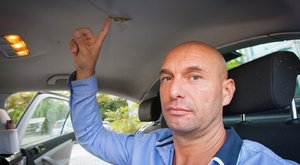 Frigyes, a robbantásban megsérült taxis: Pár centin múlt az életem