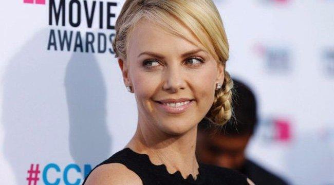 15 kilót szedett fel a a csinos amerikai színésznő