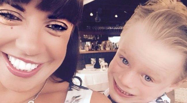 Halott ikertestvére miatt beszéltIstennel a terhes nő