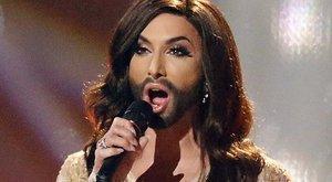 Conchita Wurst szerelése kísértetiesen hasonlít Sarka Katáéra