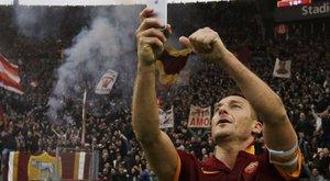 Hihetelen számok övezik a 40 éves Totti karrierjét