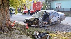 Brutális fotók: halálos baleset volt Bujon