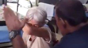 Vigyáznia kellett volna az idős nőre, ehelyett megverte