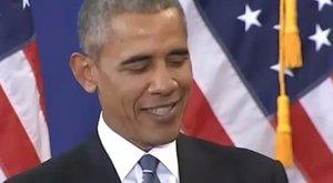 Akar nevetni? Nézze meg a lányait utánzó Barack Obamát!