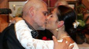 Oszter Sándor felesége: egy-egy botlás megesik, felesleges cirkuszt csinálni