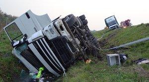 Kamion és teherautó ütközött Szegednél– horror fotók