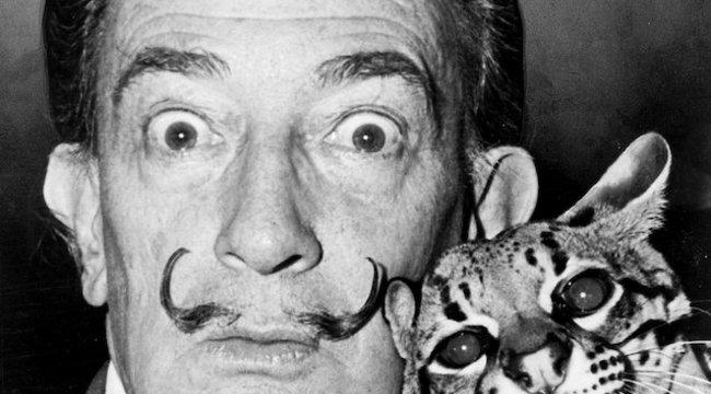 Eltitkolt gyerek? DNS-mintát vesznek Dalí maszkjáról
