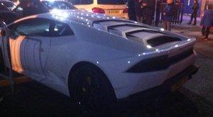 Tilosban parkolt 60 milliós kocsijával a korábbi fradista