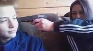 """""""Nincs más lehetőségünk"""" – mondta a 15 éves, rendőrökre lövő, majd öngyilkos pár (videó)"""