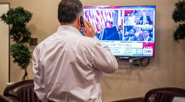 Hiába vár Orbán Trump hívására