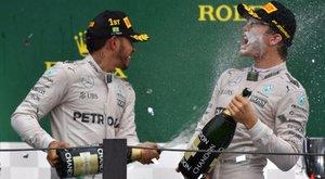 Rosberg taktikázik, ütközik vagy a sorsra bízza?
