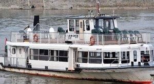 Hajóval pótolja a metrókat a BKK