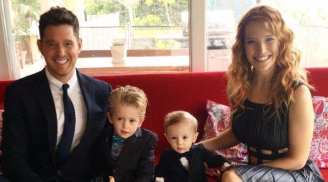 Mindent megtesz a rokonság Michael Bublé rákos kisfiáért