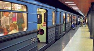Súlyos sérülés: elsodort egy férfit a 3-as metró