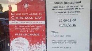 Ingyen ad ebédet a hajléktalanoknak karácsonykor egy muszlim étterem