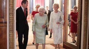II. Erzsébet offolta a vidéki karácsonyt