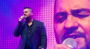 Családi tragédia miatt tépkedte ki a szakállát Caramel
