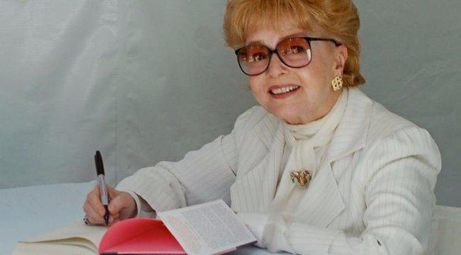 Elhunyt Debbie Reynolds – lányával, Carrie Fisherrel akart lenni