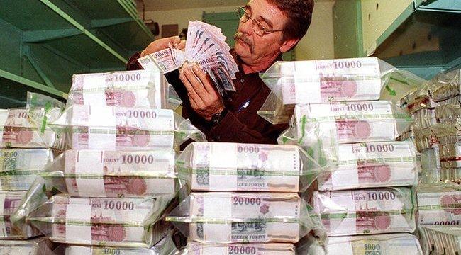 Milliárdos összeget hagynak a kasszában a feledékeny lottónyertesek