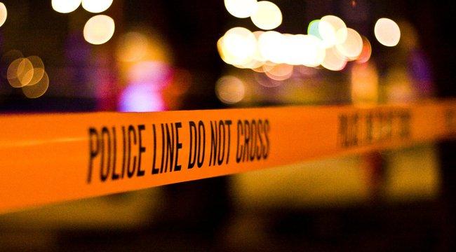 Rendőrök rohanták le a Corvin-negyedet