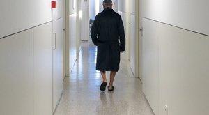 Eltűnt pelenkás beteg: a kórház szerint kisurrant a félkómás Imre