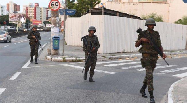 Sztrájkola rendőrség, legalább 62-en meghaltak (képek, videó)