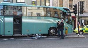 Halálra gázoltak egy magyar nőt Londonban, a sofőr elmenekült
