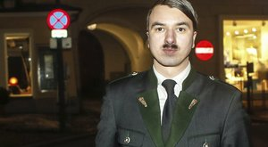 Hűvösre került a Hitler-hasonmás