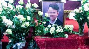 Veronai busztragédia: Szijjártó is elbúcsúztatta a 15 éves Botondot