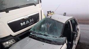 Egy nő vesztette életét a felsőzsolcai balesetben - fotók