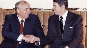 2,1 millárdért árulja a nyaralóját Gorbacsov