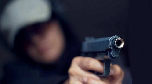 Pisztollyal támadt magyar fiatalokra Kolozsváron – a rendőrség szerint nem etnikai okból