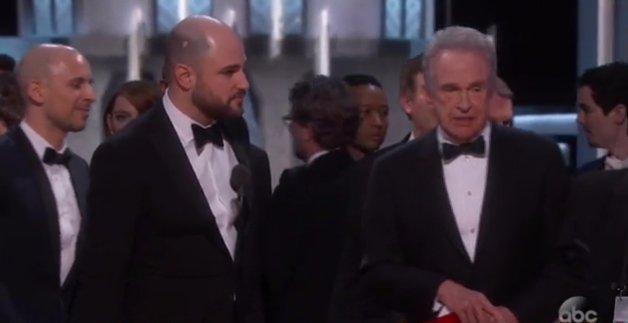Kínos: rossz filmnek adták át az Oscar-díjat!