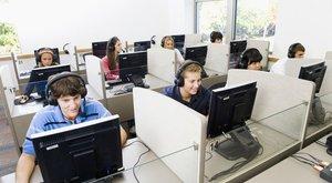 Ingyenes lesz az első nyelvvizsga Magyarországon