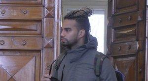 Kállay-Saunderst rendőrök vitték el a bíróságra