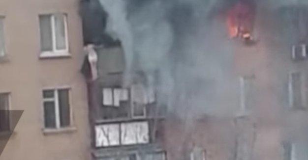 Sokkoló pillanat: nyolc emeletet zuhant, hogy az életét mentse