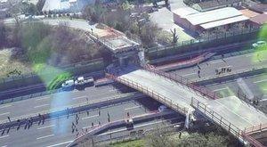 Tragédia: embert ölt a leomló híd Olaszországban