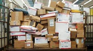 Levélbombákat találtak a görög postán