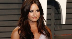 Még csak 24 éves Demi Lovato, de arra büszke, hogy már ötéve nem iszik