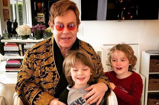 Elton John nem kér a nyugdíjból