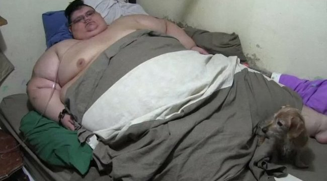 A világ legkövérebb embere már nem a legkövérebb