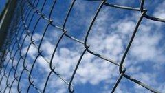 Áramot vezetett a kerítésbe a zalai férfi - megúszta