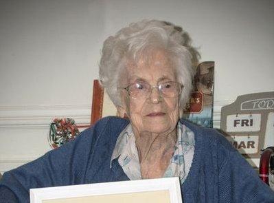 101 éves tanárnő mutatta meg, milyen sokat jelent a tanulás