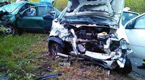 Hatan sérültek az emberéletet követelő monori balesetben - fotók