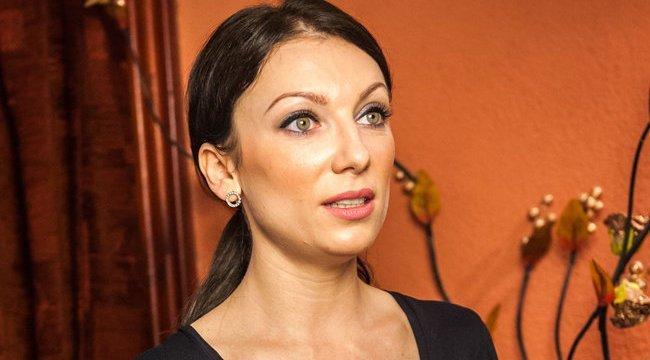 BRÉKING: Rúzsa Magdit eljegyezték! - fotó