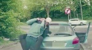 Brutális pankráció lett a vége a sofőrök vitájának
