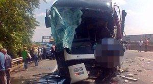 Halálos buszbaleset történt az M0-áson – fotók