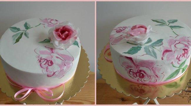Művészi tortákat készít Krisztina